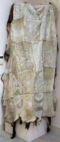 vicki_couzens_240093_tuuram_gundidj_possum_skin_cloak_aboriginal_art_artifact