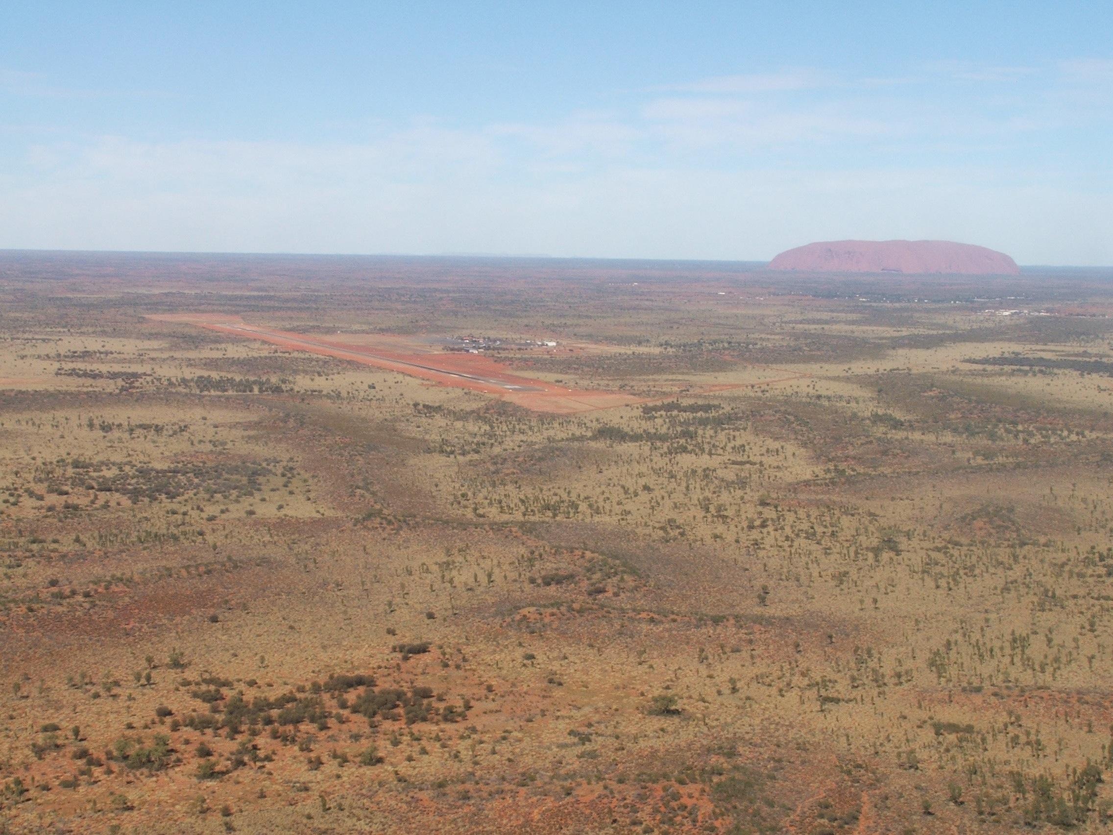 1. Uluru (Ayers Rock)
